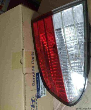 Đèn hậu/lái sau trái miếng trong Hyundai Starex