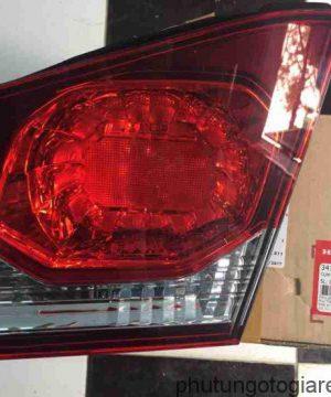Đèn hậu miếng trong phải Honda Civic