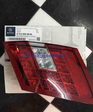 Đèn hậu miếng trong Mercedes E200 E250 E300 E350