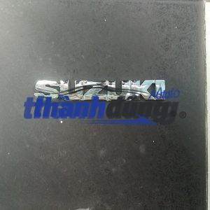 Lô gô chữ nổi Suzuki Vitara, 5 tạ, Apv