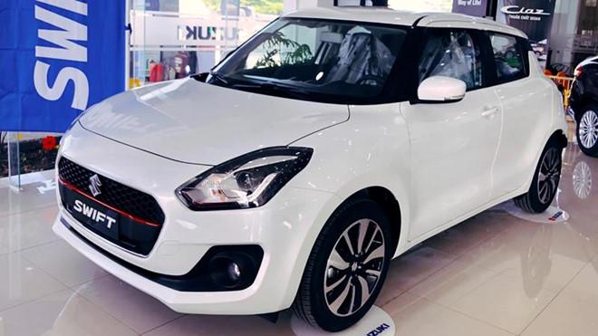 Suzuki Swift giảm giá sốc